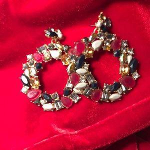 Holiday wreath earrings